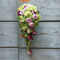 bouquet decorativo a cascata